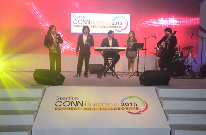 A band performs at Connfluence 2015