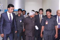 Dr Kalam takes a tour of CoE Img-2